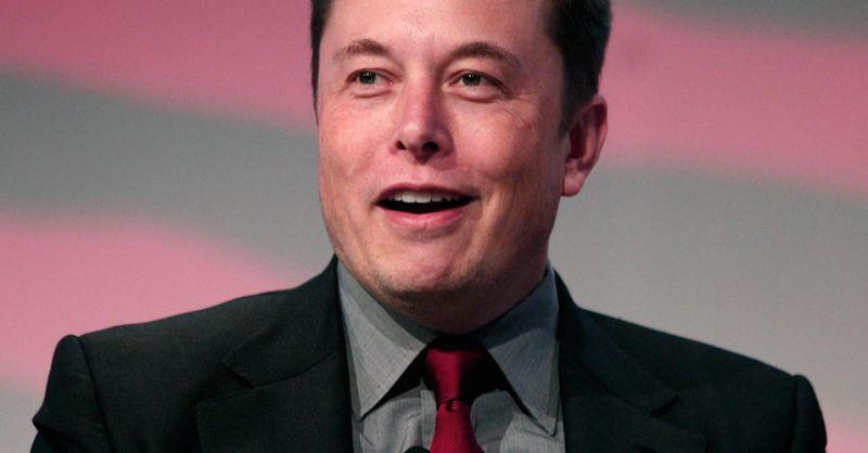 Илон Маск: Единственный вопрос потенциальным работникам