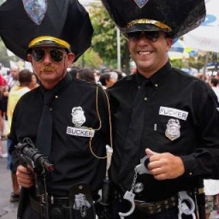 полицейские геи