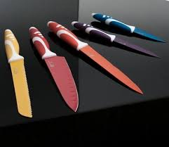 Какие ножи лучше: керамические или стальные?