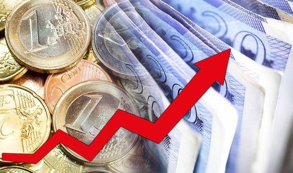 Как менять деньги на евро